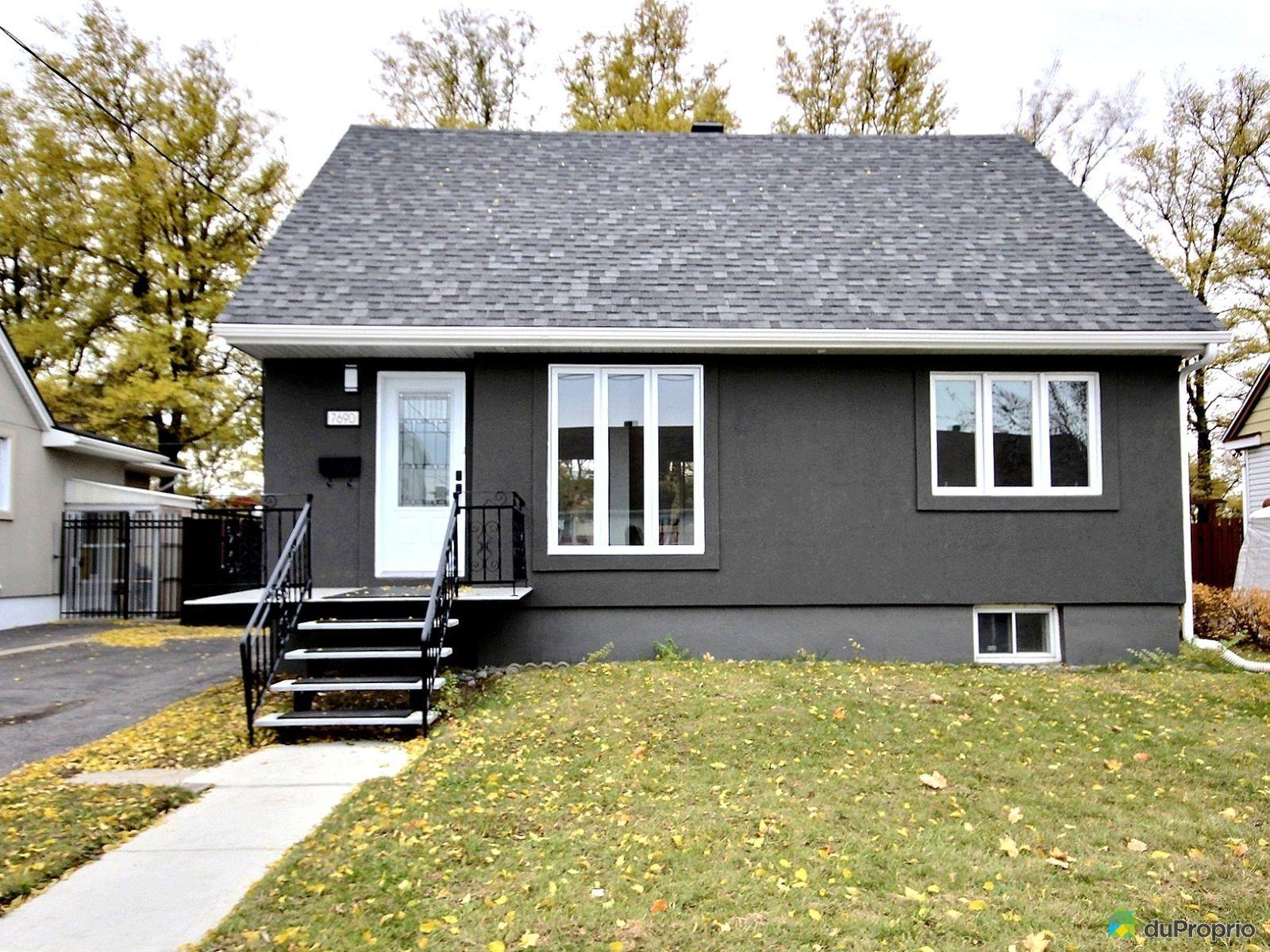 7690 23e avenue villeray st michel parc extension for Extension maison quebec