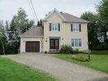 2 Storey in Windsor, Estrie via owner