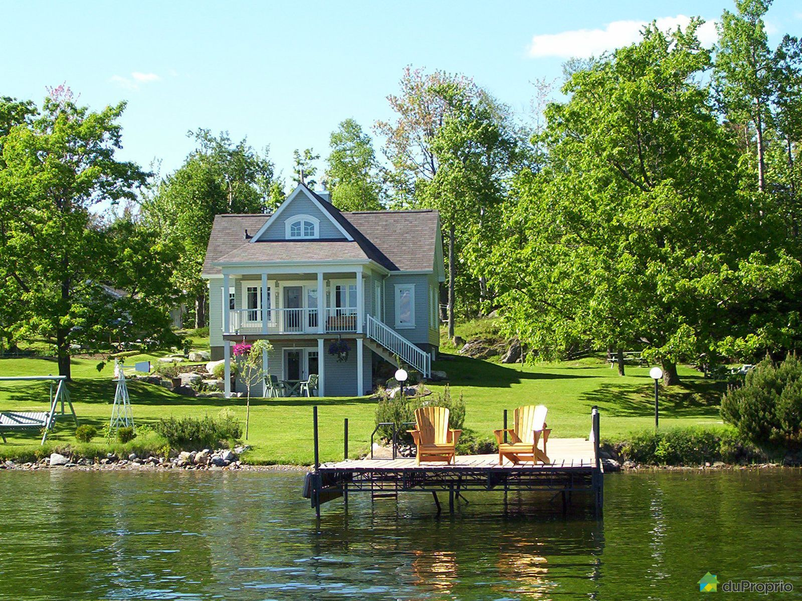 lac nicolet a vendre proprietes etangs a. Black Bedroom Furniture Sets. Home Design Ideas