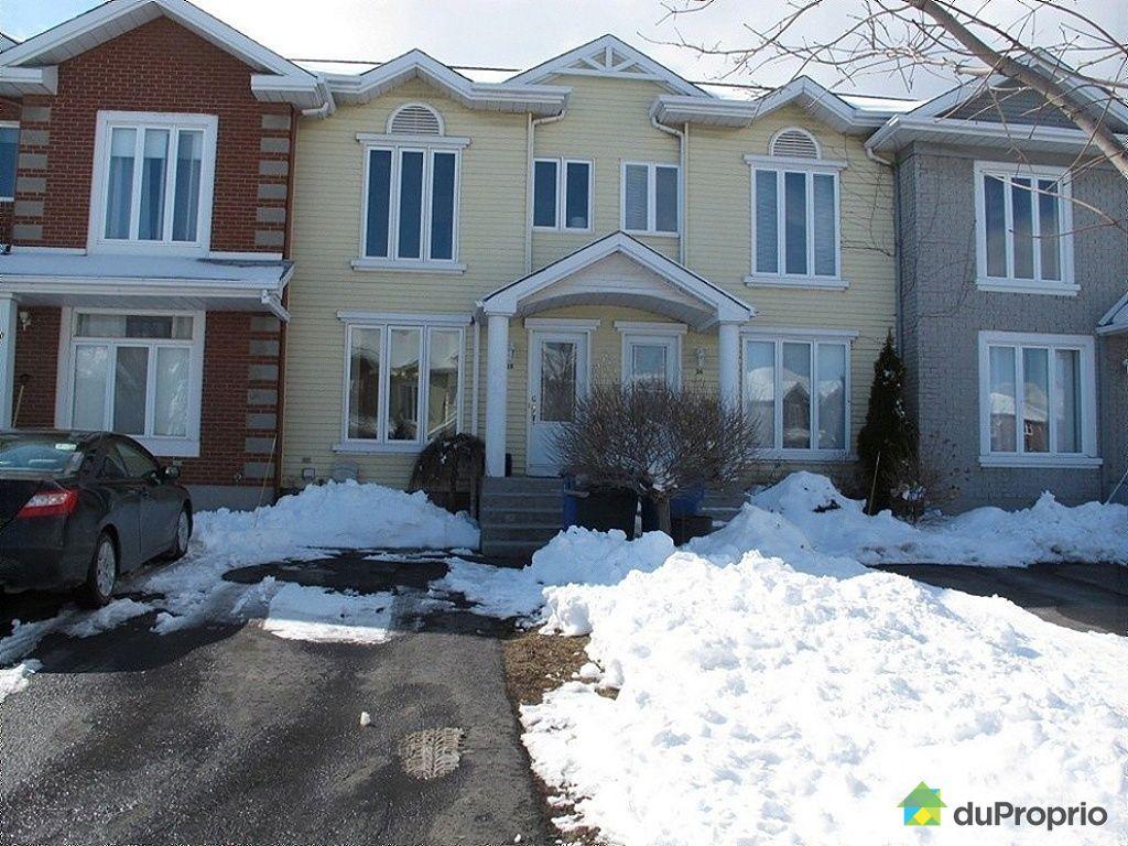 Maison vendre candiac 28 rue poitiers immobilier qu bec duproprio 409847 for Maison moderne a vendre candiac