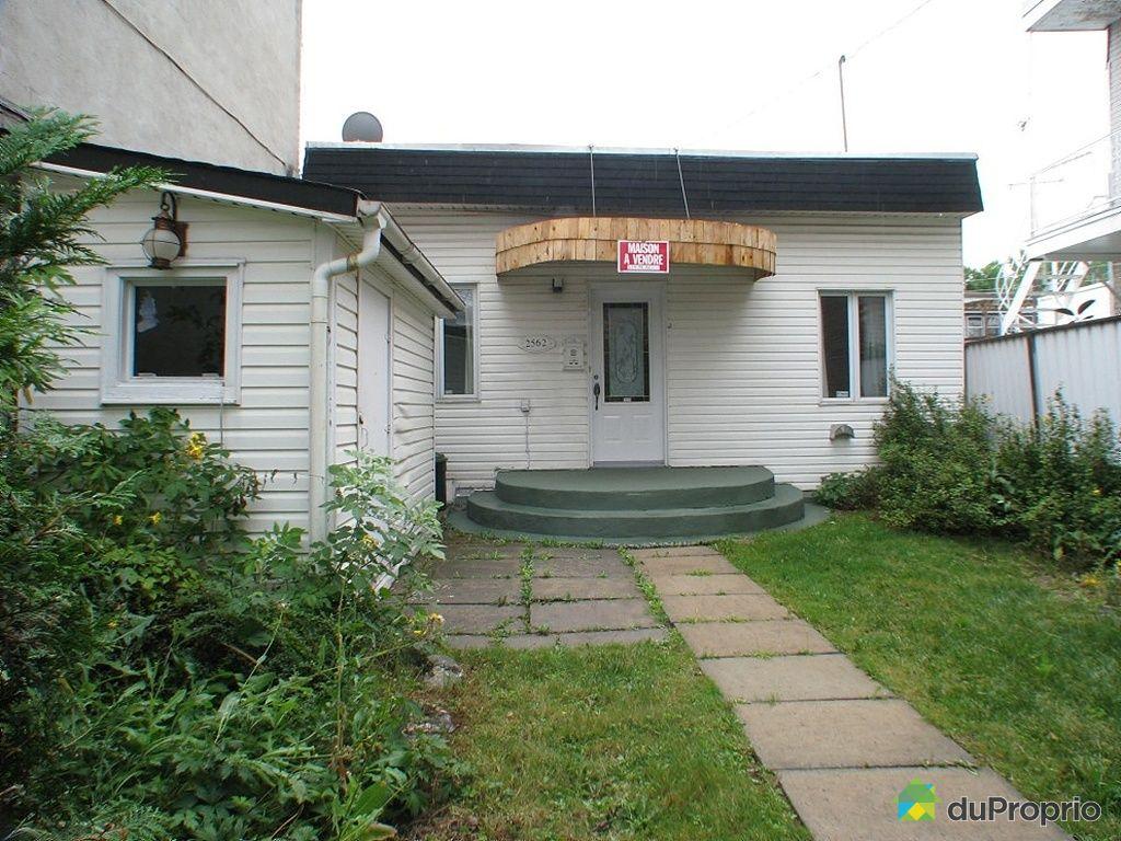 Maison vendu montr al immobilier qu bec duproprio 268114 for Piscine hochelaga