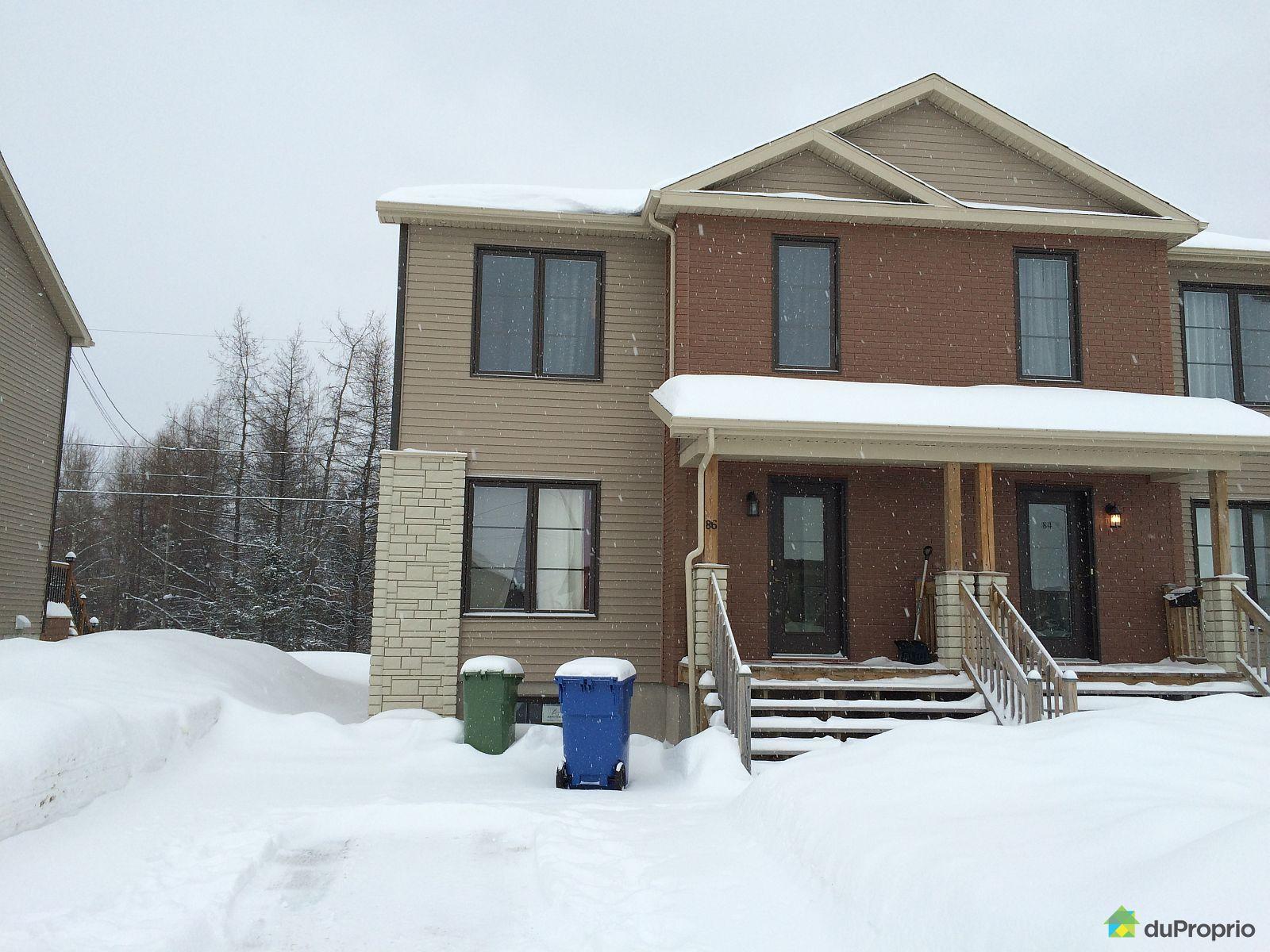 maison vendu sept iles immobilier qu bec duproprio 565015. Black Bedroom Furniture Sets. Home Design Ideas