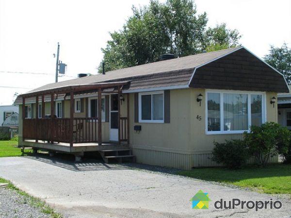 maison vendu st romuald immobilier qu bec duproprio 193751. Black Bedroom Furniture Sets. Home Design Ideas