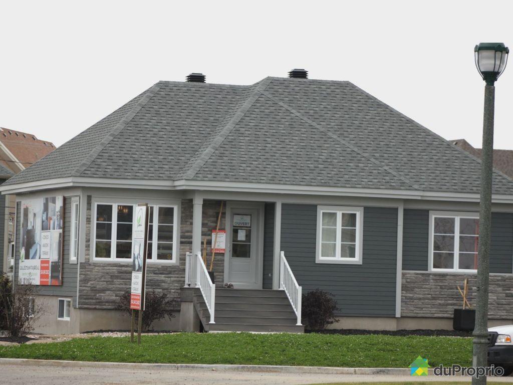 maison neuve vendu mirabel immobilier qu bec duproprio 494160. Black Bedroom Furniture Sets. Home Design Ideas