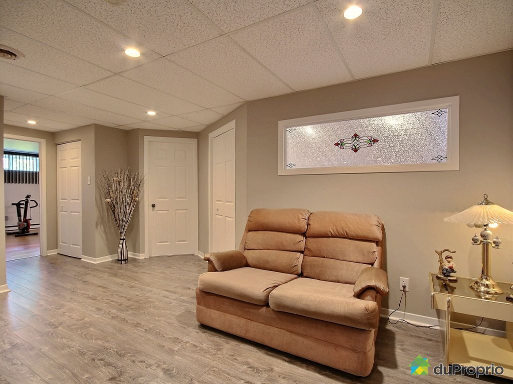 Awesome family room with leclerc varennes for Leclerc varennes