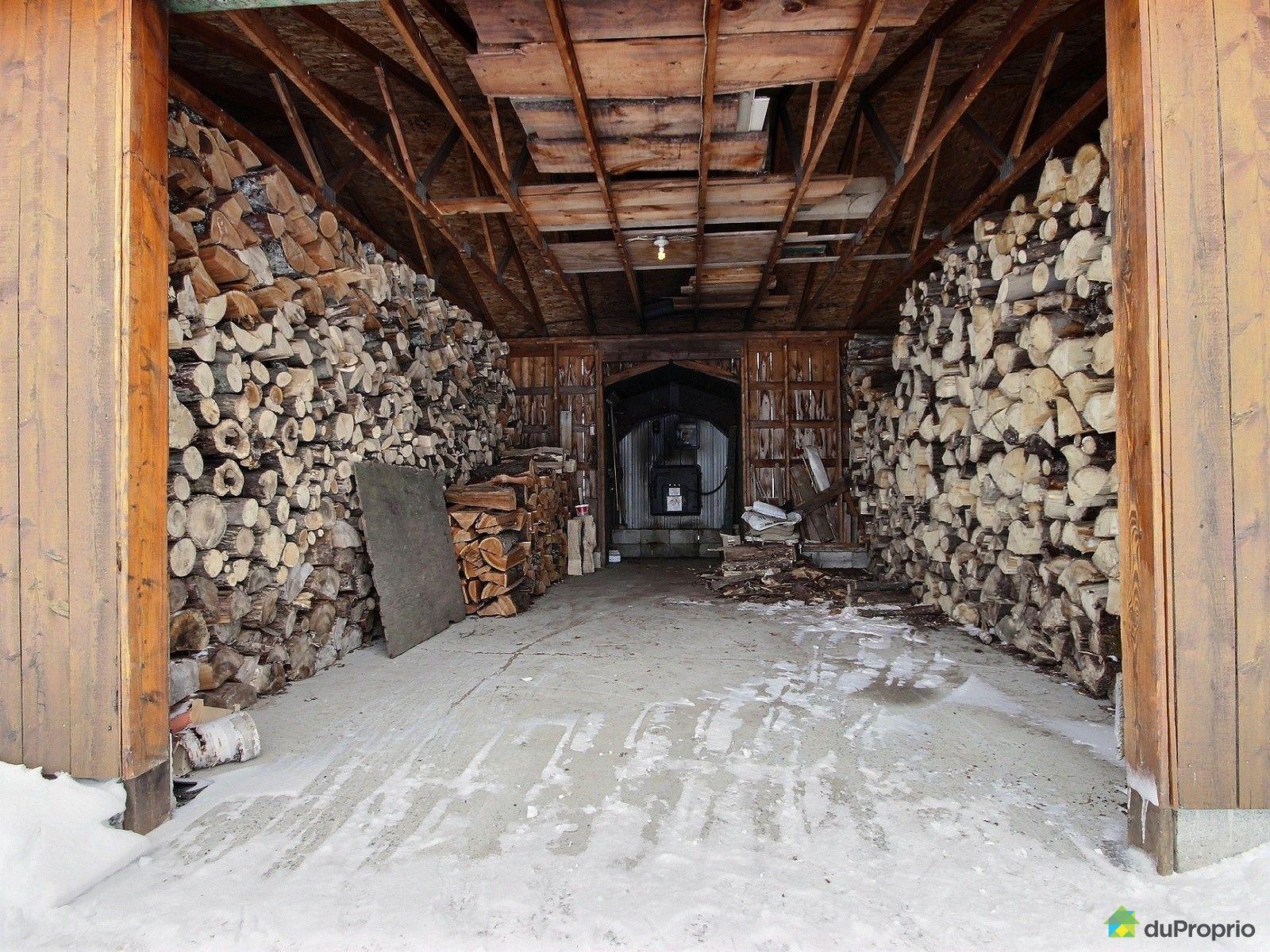 Fermette vendre lochaber partie ouest 111 chemin somers for Fournaise a bois exterieur