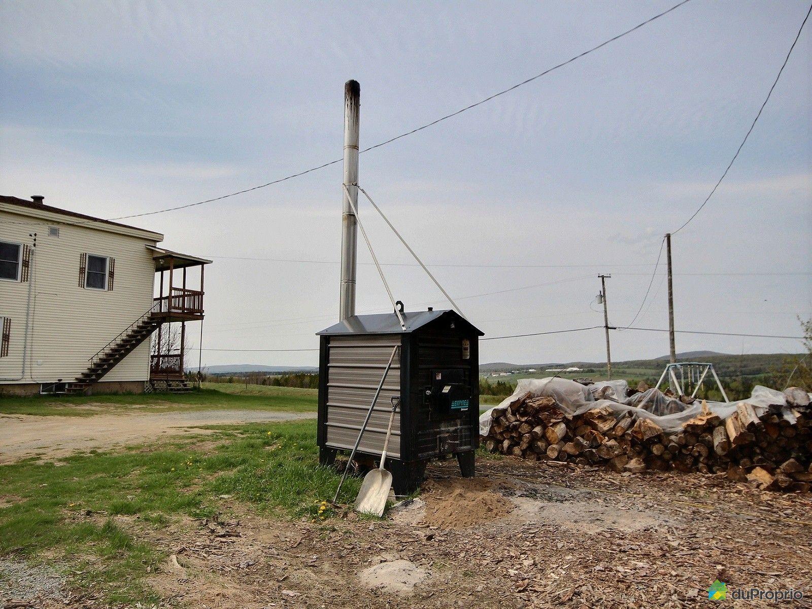 Fermette vendre wotton 138 6e rang immobilier qu bec for Fournaise a bois exterieur