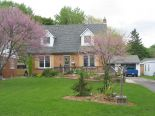 1 1/2 Storey in Chatham, Essex / Windsor / Kent / Lambton