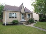 1 1/2 Storey in Munroe West, Winnipeg - North East