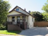1 1/2 Storey in Sarnia, Essex / Windsor / Kent / Lambton