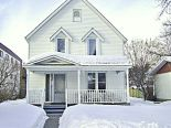 2 Storey in Lacombe, Red Deer  / Lacombe / Ponoka / Rocky Mt House