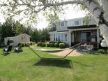 2 Storey in Plympton-Wyoming, Essex / Windsor / Kent / Lambton