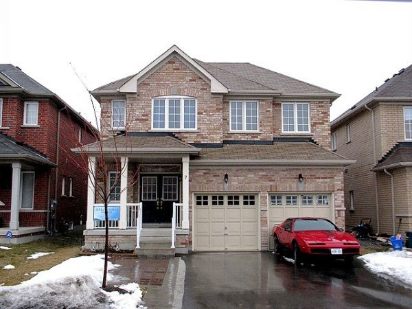 house sold in thornhill comfree 239254