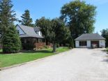 2 Storey in Wallaceburg, Essex / Windsor / Kent / Lambton
