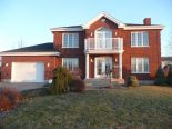 2 Storey in Warwick, Centre-du-Quebec