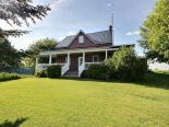 Acreage / Hobby Farm / Ranch in Dunvegan, Ottawa and Surrounding Area
