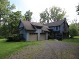 Acreage / Hobby Farm / Ranch in Komoka, London / Elgin / Middlesex