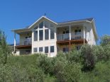 Acreage / Hobby Farm / Ranch in M.D. of Foothills, Okotoks / Ft McLeod / Pincher Creek / SW Alberta