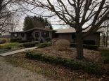 Acreage / Hobby Farm / Ranch in Strathroy, London / Elgin / Middlesex