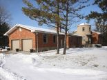 Acreage / Hobby Farm / Ranch in Windsor, Essex / Windsor / Kent / Lambton