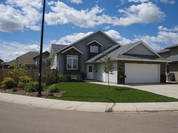 house sold in lloydminster comfree 435756