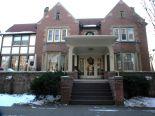 Condominium in Brampton, Halton / Peel / Brampton / Mississauga