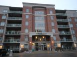 Condominium in Burlington, Hamilton / Burlington / Niagara