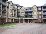 Condominium in Burlington, Hamilton / Burlington / Niagara
