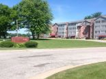 Condominium in Corunna, Essex / Windsor / Kent / Lambton