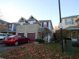 Condominium in Courtice, Toronto / York Region / Durham