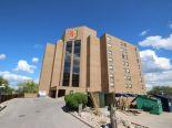 Condominium in Crescent Park, Winnipeg - South West
