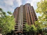 Condominium in Etobicoke, Toronto / York Region / Durham