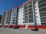 Condominium in Fairfield Park, Winnipeg - South West