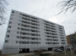 Condominium in Grant Park, Winnipeg - South West