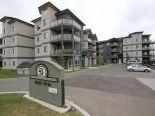 Condominium in Hollick-Kenyon, Edmonton - Northeast