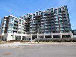 Condominium in Markham, Toronto / York Region / Durham