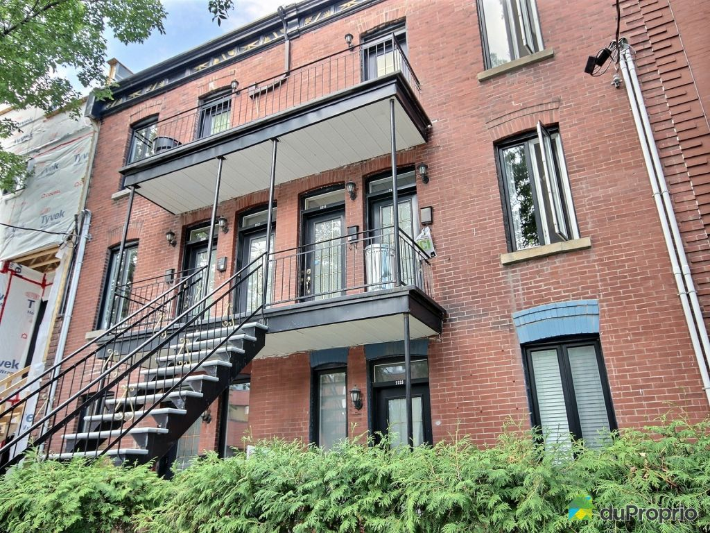 Condominium for sale Ville Marie (downtown old Mtl) Best price in  #608447