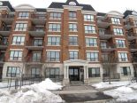 Condominium in Ottawa, Ottawa and Surrounding Area