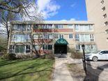 Condominium in Roslyn, Winnipeg - South West