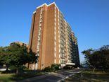 Condominium in Windsor, Essex / Windsor / Kent / Lambton