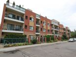 Condominium in Woodbridge, Toronto / York Region / Durham