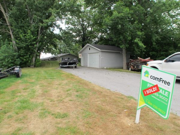 Cottage Sold In Bobcaygeon Comfree 325533