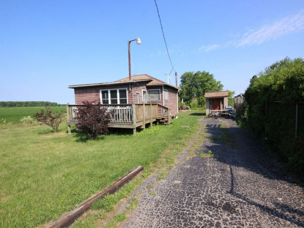 Cottage For Sale In Cayuga 2503 Lakeshore Road Comfree