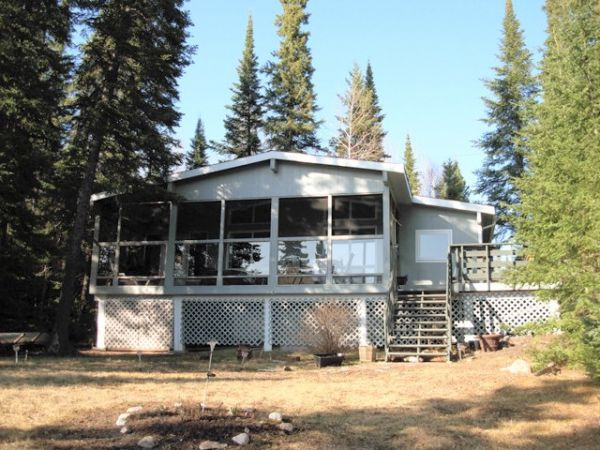 Cottage sold in flanders lake comfree 325910 for Cottage packages manitoba