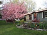 Country home in Amherst Island, Kingston / Pr Edward Co / Belleville / Brockville