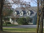 Country home in Mount Forest, Dufferin / Grey Bruce / Well. North / Huron