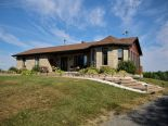 Bungalow in Alfred, Ottawa and Surrounding Area