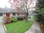Bungalow in Ancaster, Hamilton / Burlington / Niagara