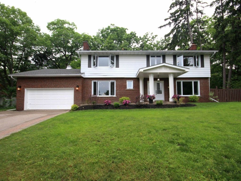 9 parker court barrie for sale comfree 9 parker court barrie for sale solutioingenieria Gallery