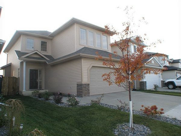 house sold in brintnell comfree 289973